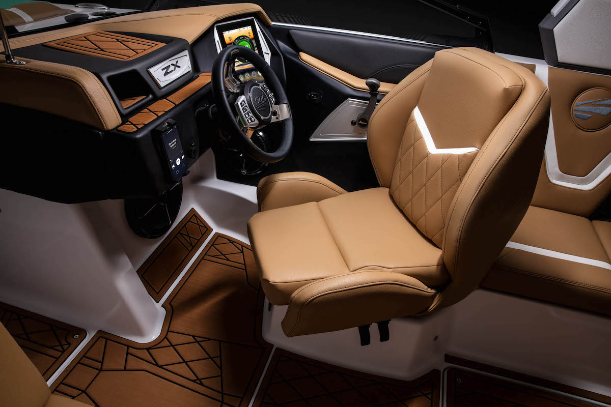 Tige Boat 21ZX Recline seat driver let you enjoy moments with others. It'a brand new 2020 innovation.