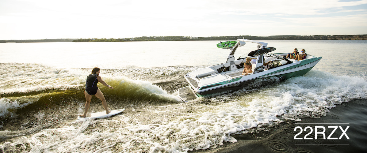 Tige 22RZX pulling a wakesurfer