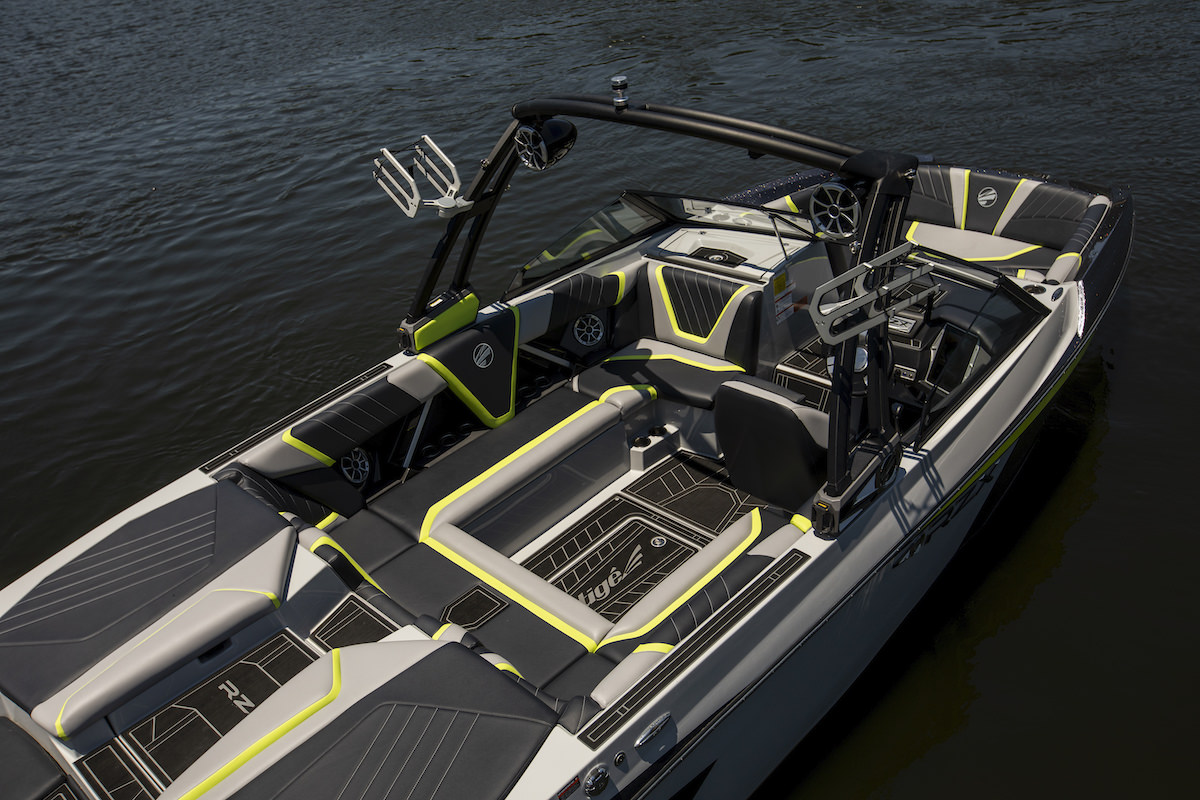 Tige Boat 23RZX is fully featured. The boat is recognized as one of the world's best wakesurfing and wakeboarding boats on the market.