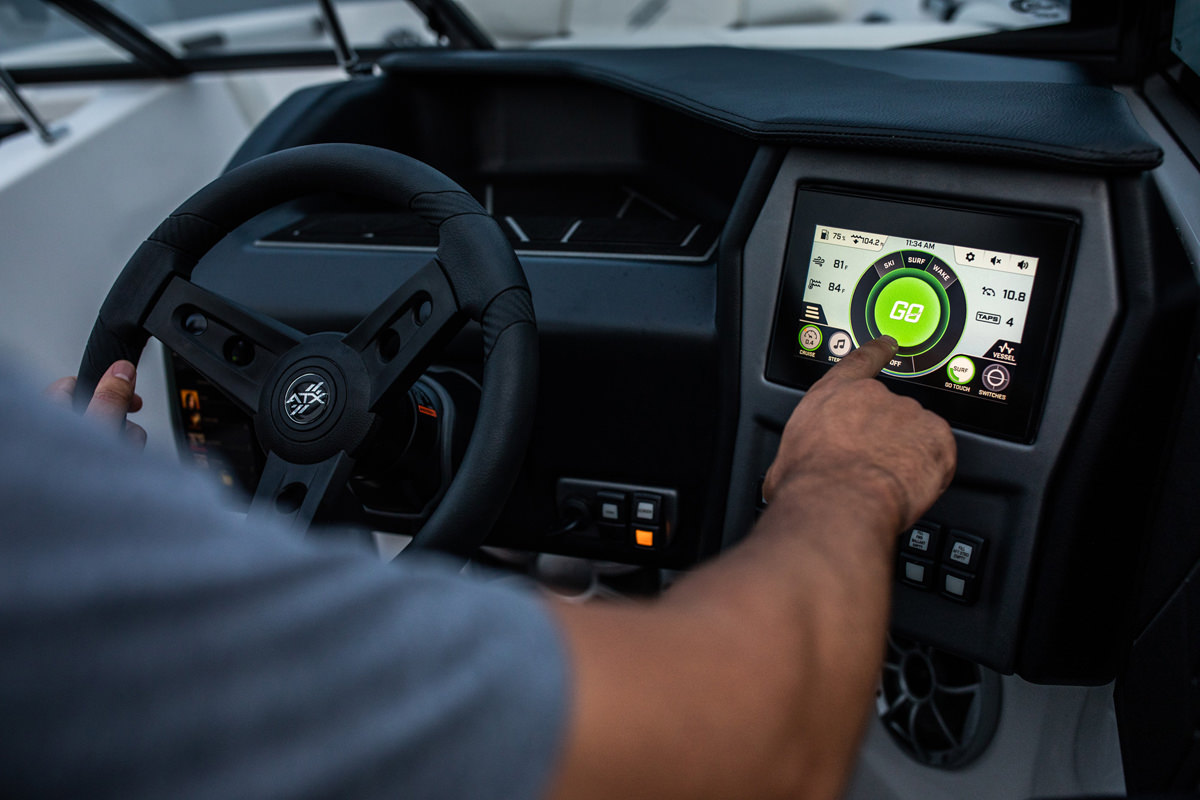 """Tige ATX22 TYPE-S is equipped with the 7""""Tige ATXPERIENCE CONTROL CENTER tablet which controls the majority of the boat's features"""