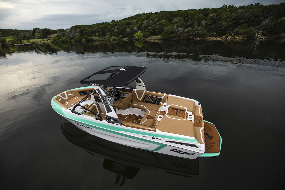 Tige Boat ZX21 is a very roomy boat for a 21'.