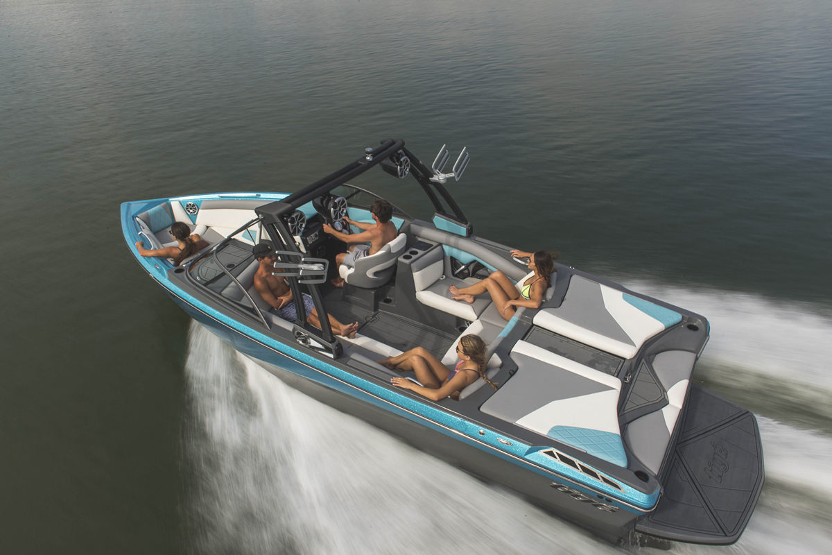 Tige Boat R23 has an impeccable craftsmanship and quality