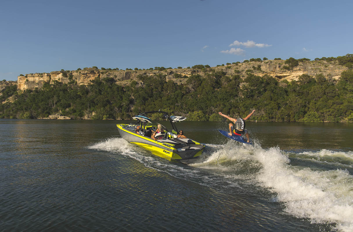 Tige R21 wakeboarde jump on an adjustable wave