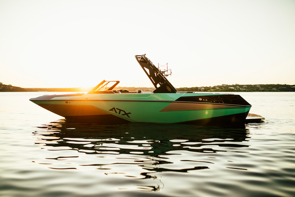 You can enjoy your Tige Boat at any moment of the day. Experience the best sunset while wakesurfing.