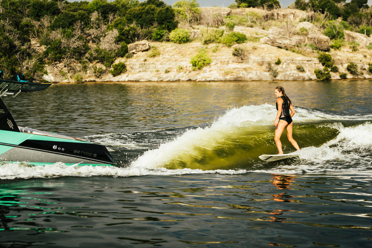 Tige boat ATX24 TYPE-S pulling a wakeboarder