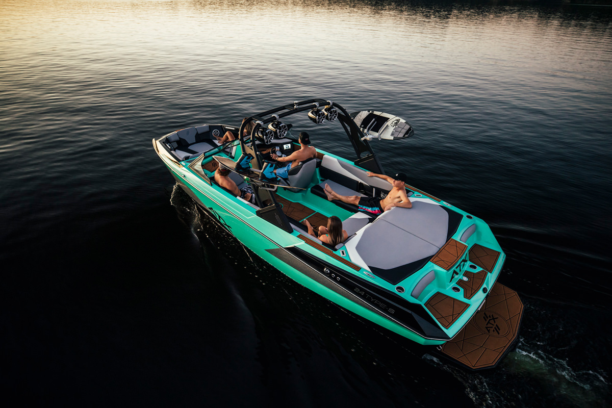 Enjoy your Tige Boat ATX24 Type-s at any time of the day with your family and friends